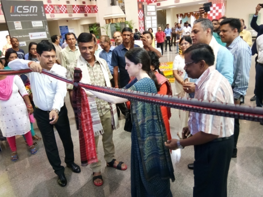 Chief Secretary, Odisha inauguration the handloom Exhibition at OCAC on 01/10/2019 in presence of Smt. Salini Pandit